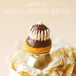 Miniature Food Jewlery - Chocolate Religieuse Ring