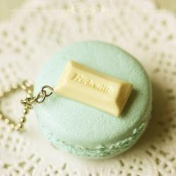 Food Jewelry - Macaron Necklace
