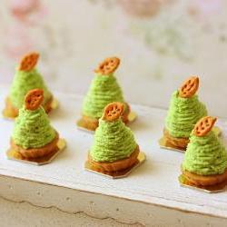 Dollhouse Food Miniatures - Green Tea Mont Blanc Dessert